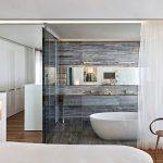 Стъклена баня – модерно и стилно!